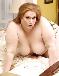Massive girl modeling nude