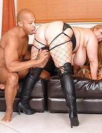 Big White Babe Smothers Black Dong