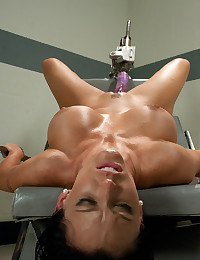 Smoking Hot Babe Fucked By Machine