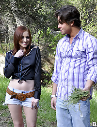 Country Babe Paris Banged Outdoors