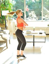 Flexible sporty yoga babe