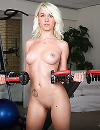 Petite Stevie Works Out Naked