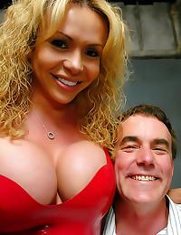 Sexy blonde shemale anally fu...