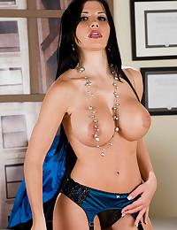 Busty Raven Haired Goddess Rebeca