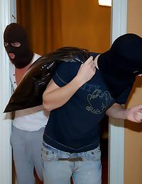 Robbers fuck teenage girl hardcore