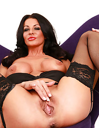 Saucy Milf Tia Wearing Seductive Lingerie