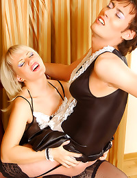 Sissy French maid strapon fuc...