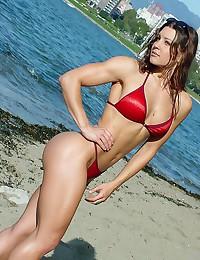 Naked fitness girls pics.