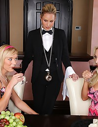 Adorable Blondes In Lesbian Threesome