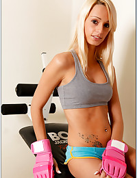 Sporty blonde gym nudity