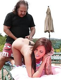 Smiley Beauty Tasia Rides Dick