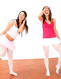 Ballerinas in pantyhose have ...