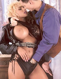 Retro blonde biker chick screwed and jizzed