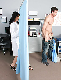 Hot Milf Eva Gets Examined