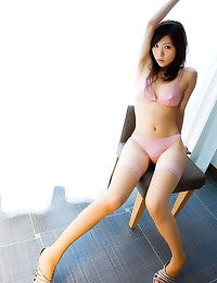 Solo Japanese girl is hot