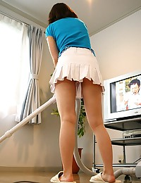 Suzune Toujou hot Asian model with a big pair of hooters