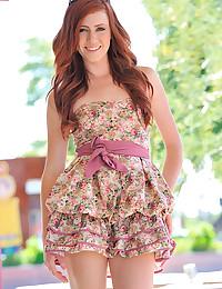 Redheaded teen goddess