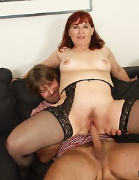 His mature mother in law gives him head and he gets to fuck her dripping wet hole