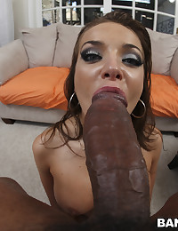 Horny Looking Minx Nika Banged