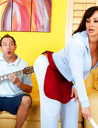 Milf Lisa Ann banged hard