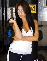 Raven Riley - Sporty brunette lady gets naked in front of the camera