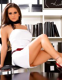 Rachel Roxxx looks her best