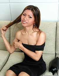 Tight Bodied Asian Shemale Naked