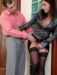 Fucking a tempting secretary ...