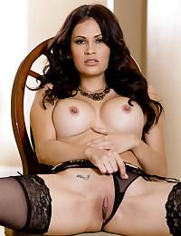 Vanessa Veracruz has her perky tits bare from the start today.