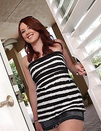 Gorgeous Cammie Wearing Cute Panties