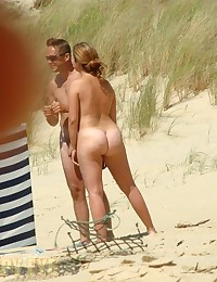 Spy for nudists at dunes
