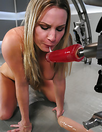Blonde and sexy toy machines