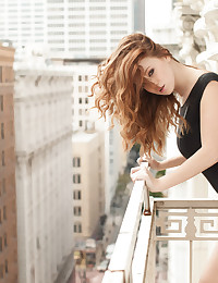 Rooftop poses with redheaded beauty Leanna Decker in the nude