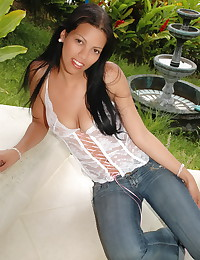 Pacinos Adventures - White lingerie on the luscious natural Latina body