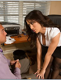 Office Babe Loves To Suck Cock