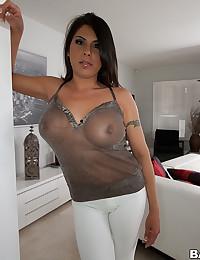 Busty Latina Babe Candi Cox