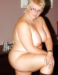 Fat sexy mature in glasses