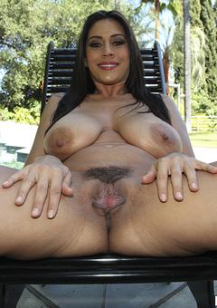 Large Nipples Porn Pics