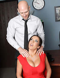 Office fuck in reality porn