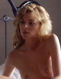 Kim Cattrall does nude scenes