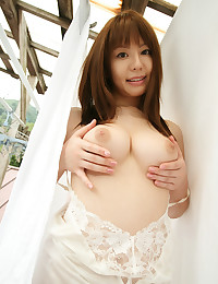 Nude modeling with busty Asian
