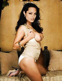 Angelina Jolie looks hot in a...