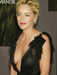 Sharon Stone shows off her nude body!