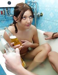 Drunk chick laid in bathtub