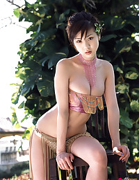 Hot and Sexy Asian Cai-cai