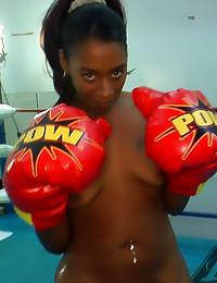 Black boxing coach fucks ebon...