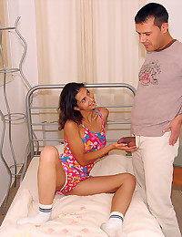 Young lady fucked in cunt