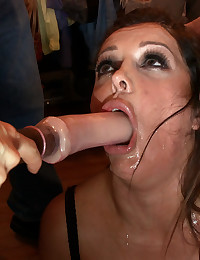Mouth fucking slut in public