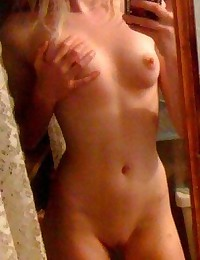 Amateur girlfriend had her tight snatch filled up with cream