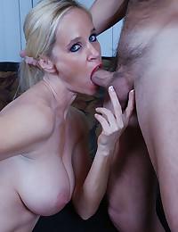 Big boobs beauty anal sex